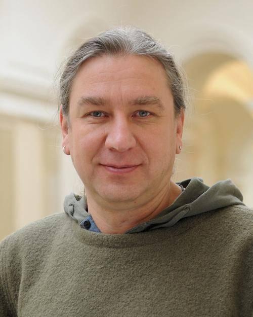 Portrait von Dr. Stefan Taschner.