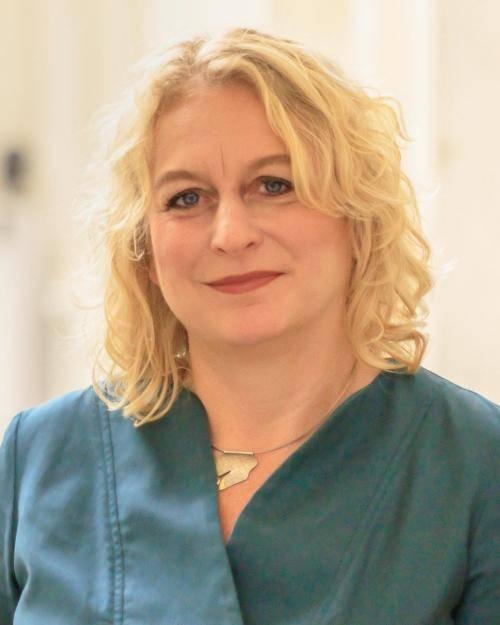 Portrait von Nicole Ludwig.