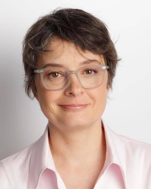 Portrait von Dr. Nicola Böcker-Giannini.