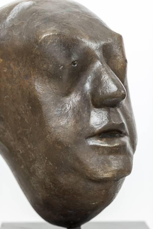 Büste von Ernst Reuter.