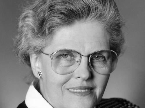 Schwarz Weiß Portrait von Dr. Hanna-Renate Laurien
