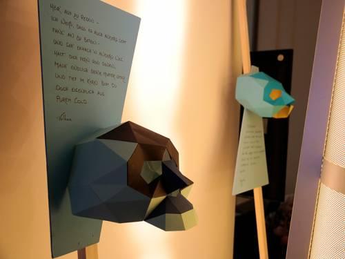 Eine Ausstellung zeigt Masken und ihre Entstehungsgeschichte.
