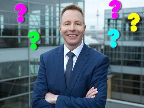 Ralf Wieland im Interview mit einer Schülerin