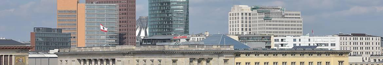 Blick über das Dach des Abgeordnetenhaus Berlin zum Potsdamer Platz