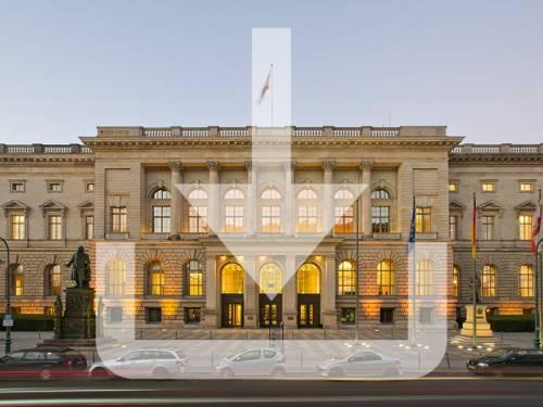 Außenaufnahme vom Abgeordnetenhaus Berlin, darübergelegt eine Download Grafik