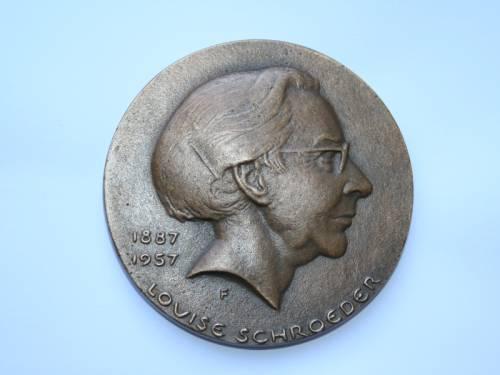 Blick auf die Louise-Schroeder-Medaille